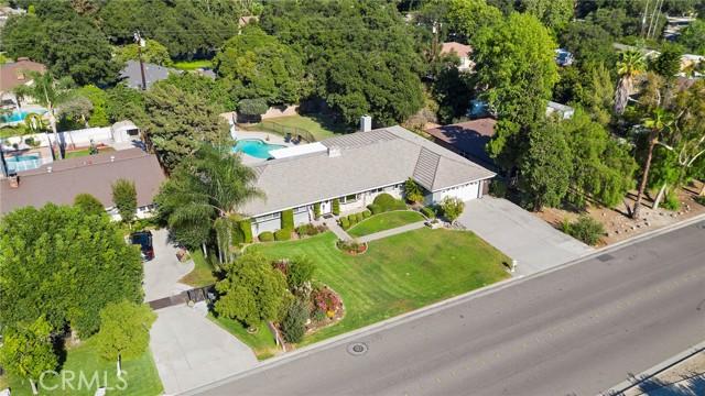 42. 306 N Valley Center Avenue Glendora, CA 91741