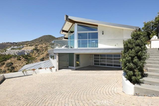 31105 Holly Drive, Laguna Beach, CA 92651