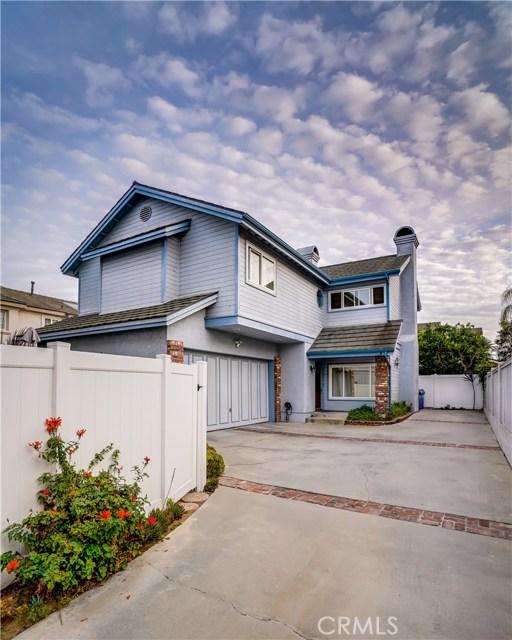 2112 Curtis Avenue B, Redondo Beach, California 90278, 3 Bedrooms Bedrooms, ,1 BathroomBathrooms,For Sale,Curtis,SB20243594