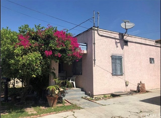 4809 St Charles Place, Los Angeles, CA 90019