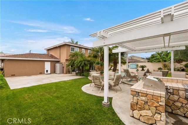 36. 2016 Calvert Avenue Costa Mesa, CA 92626