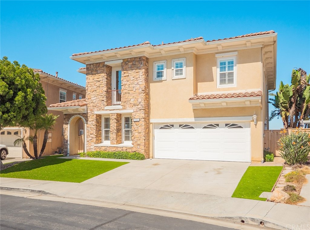 Photo of 2285 Westwind Way, Signal Hill, CA 90755