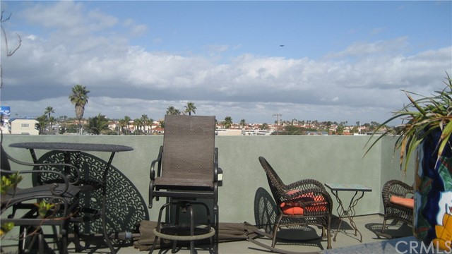 Image 2 for 16781 15Th St #1, Sunset Beach, CA 90742
