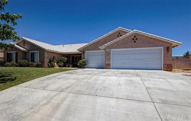 13427 Paoha Road, Apple Valley, CA 92308
