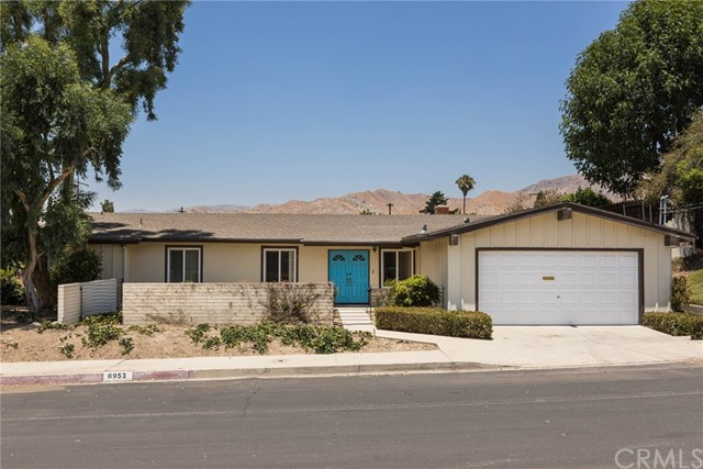 8953 Mulberry Drive, Sunland, CA 91040