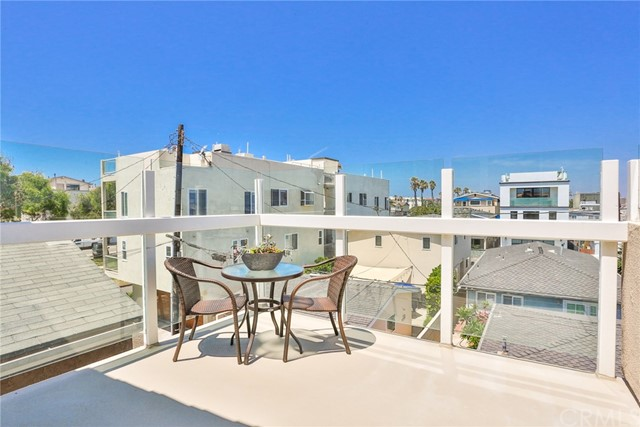 Image 3 for 16919 10Th St, Sunset Beach, CA 90742