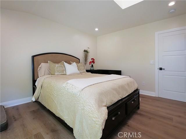 29. 19 Dapplegray Lane Rolling Hills Estates, CA 90274