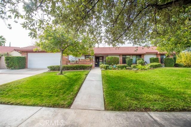110 Azalea Court, Redlands, CA 92373