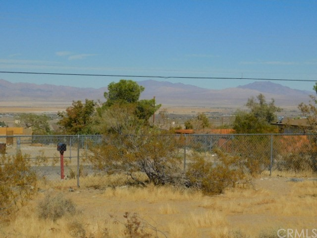 32425 Emerald Rd, Lucerne Valley, CA 92356 Photo 25