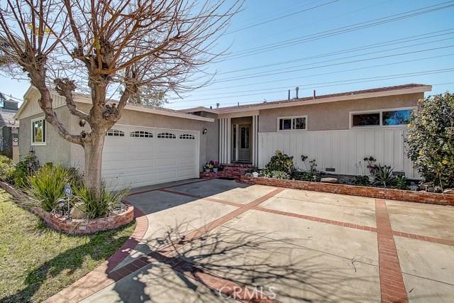 8819 Roslyndale Avenue, Arleta, CA 91331