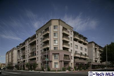 931 E Walnut St, Pasadena, CA 91106 Photo 0