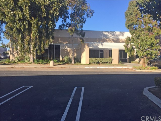 2617 Skyway Drive, Santa Maria, CA 93455