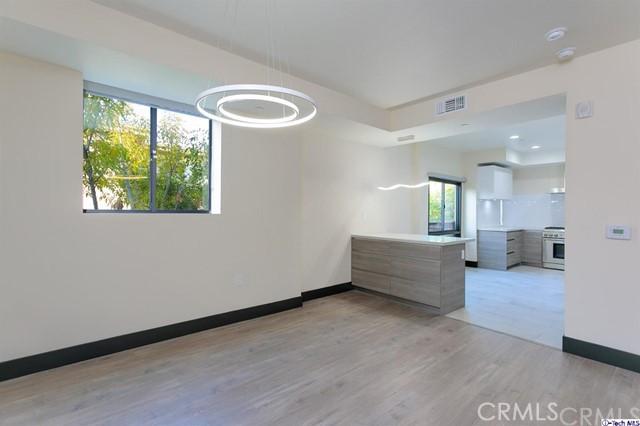 536 S El Molino Avenue 302, Pasadena, CA 91101