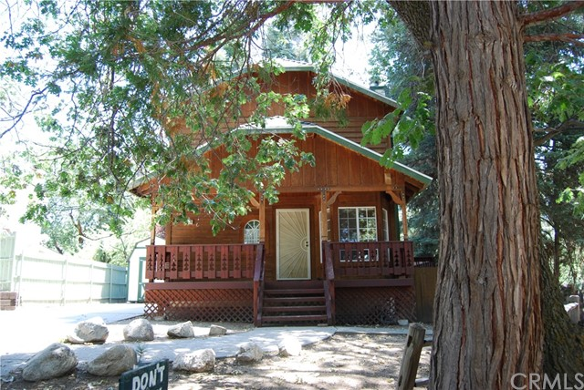 31909 Lookout Lane, Running Springs, CA 92382