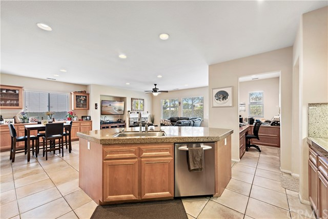1632 Beechwood, Costa Mesa, CA 92626