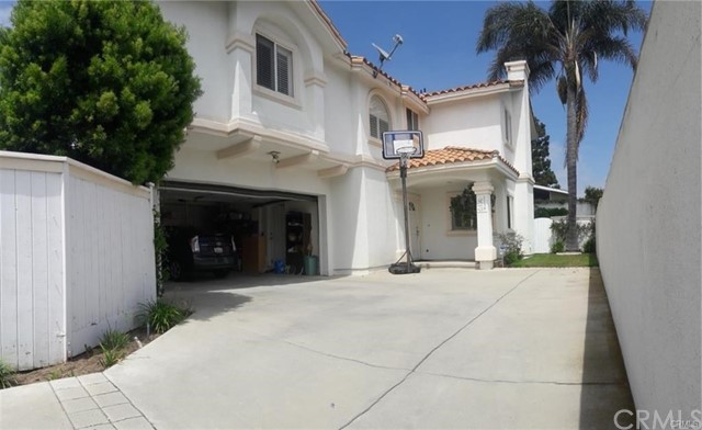 1738 Iris Avenue, Torrance, CA 90503
