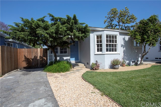 5136 Cartwright Avenue, North Hollywood, CA 91601
