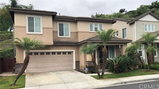 2411 Amelia Court, Signal Hill, CA 90755