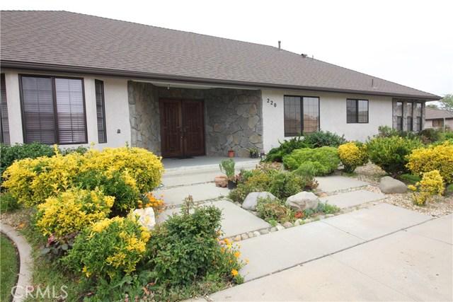 220 Saint Andrews Way, Santa Maria, CA 93455