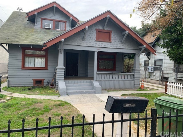 1020 W 39th Place, Los Angeles, CA 90037