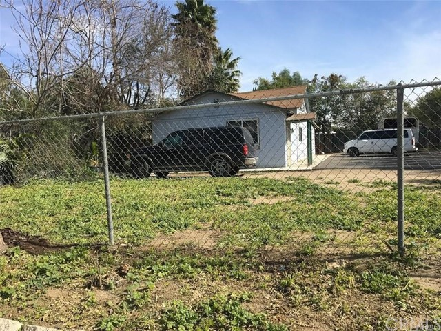 5654 Etiwanda Avenue, Jurupa Valley, CA 91752