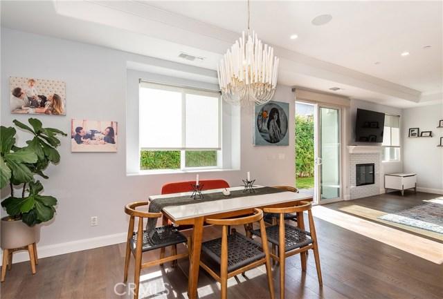 2214 Warfield Avenue B, Redondo Beach, California 90278, 4 Bedrooms Bedrooms, ,3 BathroomsBathrooms,For Sale,Warfield,SB18258993