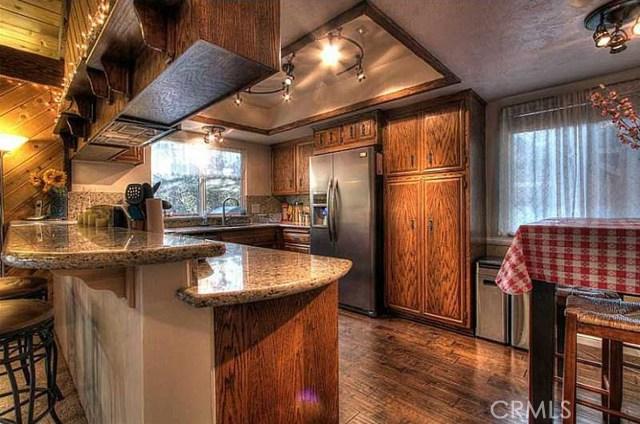 710 Arbula Drive, Crestline, CA 92325