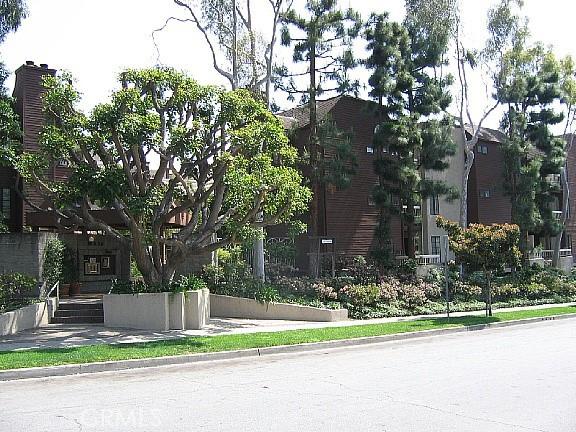 436 E Palm Avenue 102, Burbank, CA 91501
