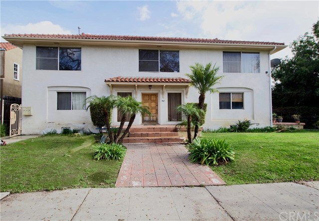 952 S Detroit Street, Los Angeles, CA 90036