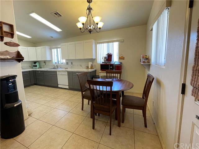 12. 6958 Mohawk Trail Yucca Valley, CA 92284
