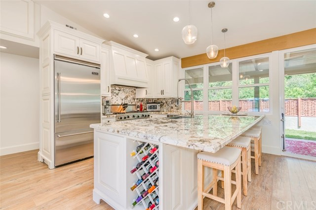2024 Avenida Chico, Newport Beach, California 92660, 2 Bedrooms Bedrooms, ,2 BathroomsBathrooms,Residential Purchase,For Sale,Avenida Chico,NP21228002