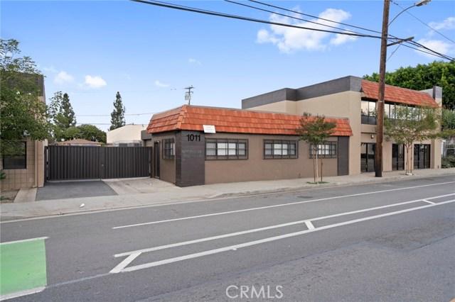1011 E Chestnut Avenue, Santa Ana, CA 92701