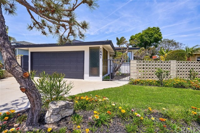 1541 19th Street, Manhattan Beach, CA 90266