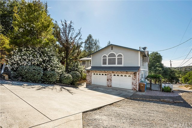 17319 Meadow View Dr, Hidden Valley Lake, CA 95467 Photo