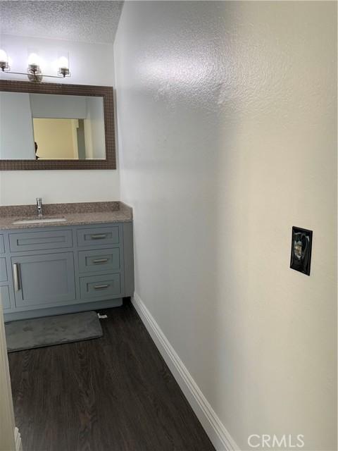 11473 Homewood Place, Fontana CA: https://media.crmls.org/medias/81c7615c-0cef-4f06-9236-d68d10a08c5e.jpg