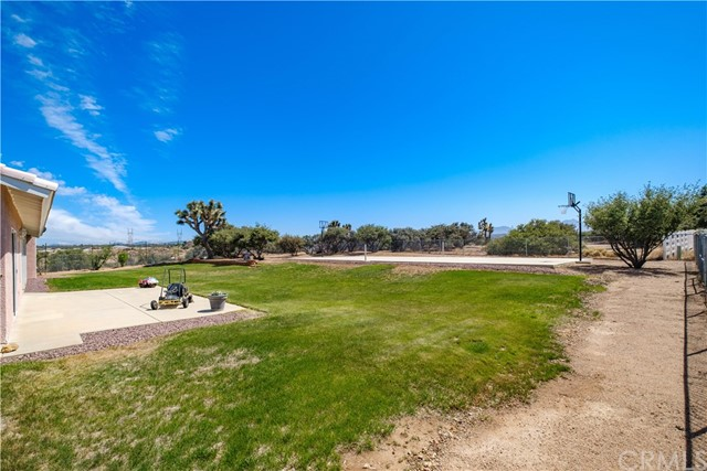 9875 Alta Mesa Rd, Oak Hills, CA 92344 Photo 4