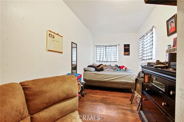 14. 919 Gonzales Street Placentia, CA 92870