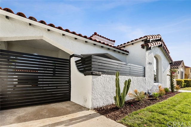 Image 3 of 1046 W 81St Pl, Los Angeles, CA 90044
