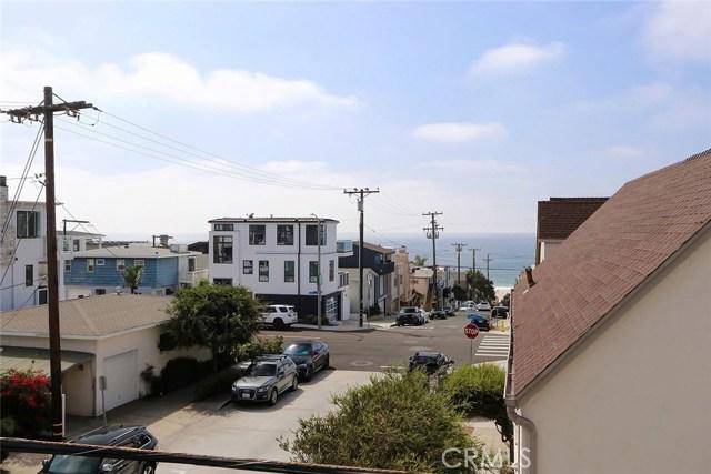317 9th Street, Manhattan Beach, California 90266, 2 Bedrooms Bedrooms, ,2 BathroomsBathrooms,For Sale,9th,SB20195791