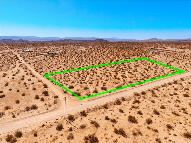 1 Winters Rd, Joshua Tree, CA 92285