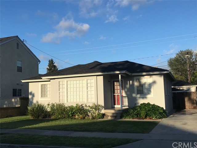 4519 Adenmoor Avenue, Lakewood, CA 90713