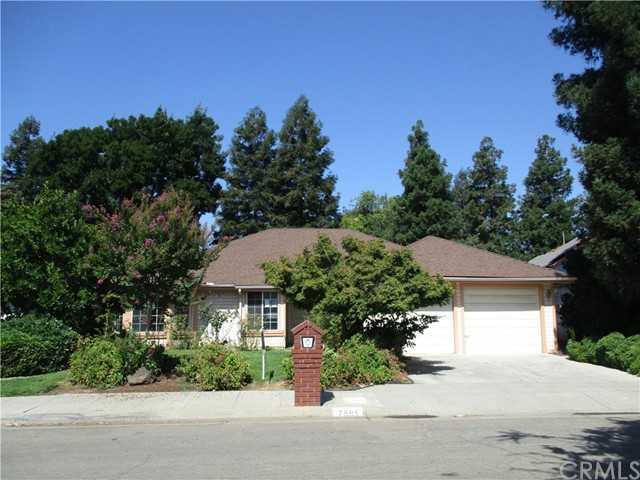 7585 N Wolters Avenue, Fresno, CA 93720