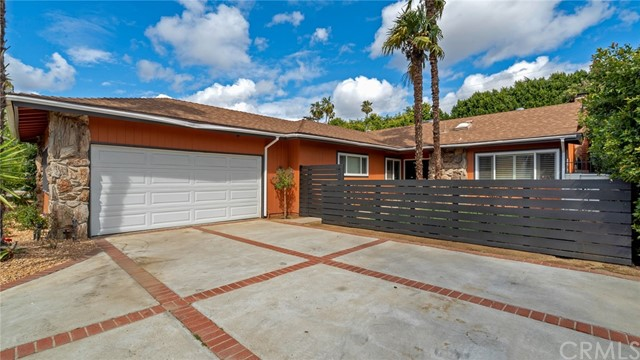 6608 Mammoth Avenue, Valley Glen, CA 91405