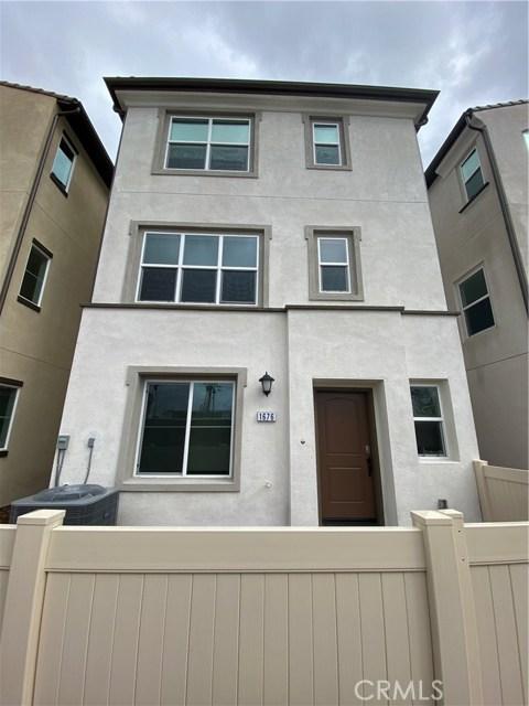 1676 W Rhombus, Anaheim, CA 92802