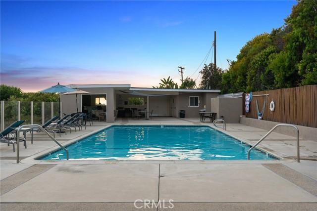 25. 21692 Ocean Vista Drive #C Laguna Beach, CA 92651