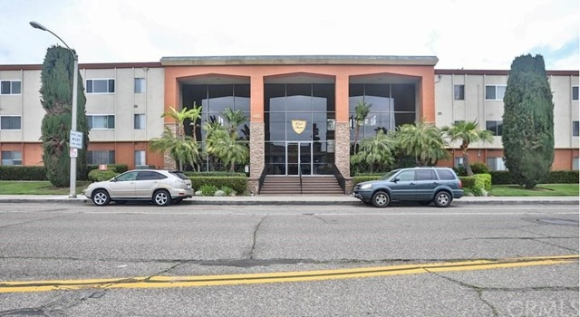 400 Acacia Avenue, Fullerton, California 92831, 1 Bedroom Bedrooms, ,1 BathroomBathrooms,Residential,For Rent,Acacia,TR21110521