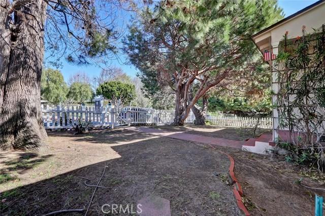 836 14th Street, Manhattan Beach, California 90266, 3 Bedrooms Bedrooms, ,2 BathroomsBathrooms,For Sale,14th,SB19019833