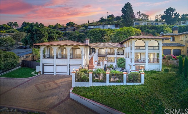 2 Yellow Brick Road, Rancho Palos Verdes, CA 90275