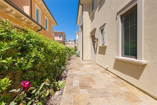 67 Stetson, Irvine, CA 92602 Photo 2