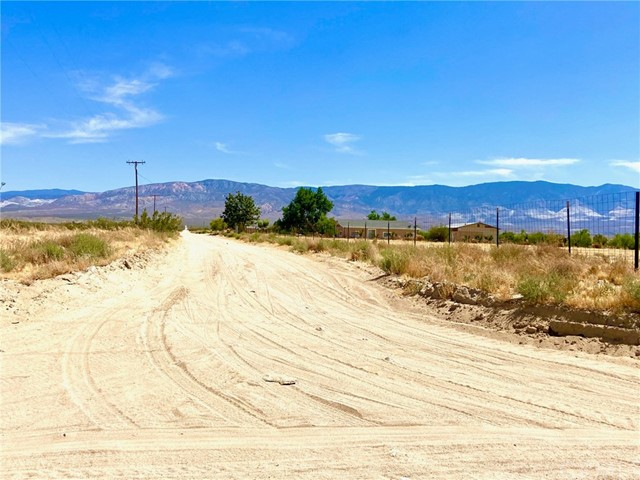 0 End St., Lucerne Valley, CA 92356 Photo 3